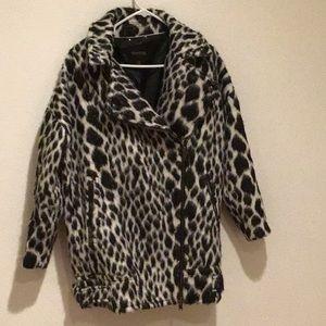 Banana republic Dalmatian animal print coat 🌸